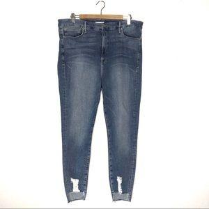 Good American Good Legs jeans blue 082 chewed hem
